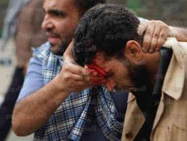 ضرب وسحل أنصار الإخوان أمام مكتب الإرشاد بالمقطم (صور)
