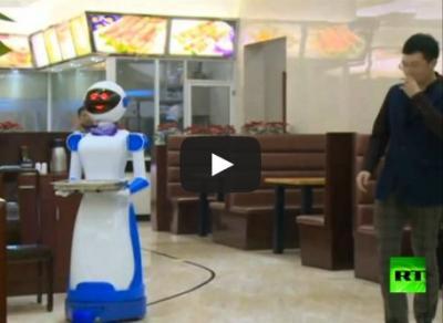 بالفيديو.. مطعم في الصين يستخدم الروبو�