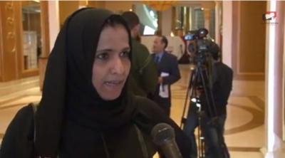"""من هي أول جنوبية تلتقي """"عبدالملك الحوثي"""" في صعدة؟ (فيديو)"""