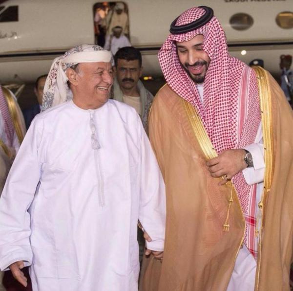 شاهد ماذا أهدى العمانيون للرئيس هادي (صورة)