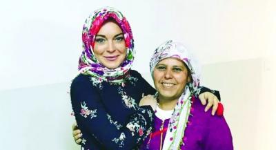 فيديو.. ليندسي لوهان تروي قصتها مع الإسلام ومن أرشدها إليه