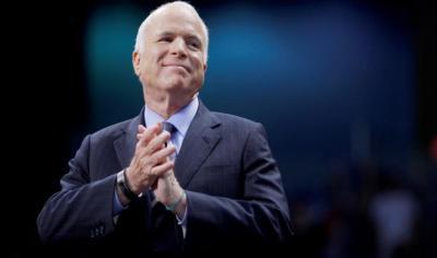 """السيناتور الذي فسّر """"الله أكبر"""" للأميركيين مصاب بسرطان (فيديو)"""