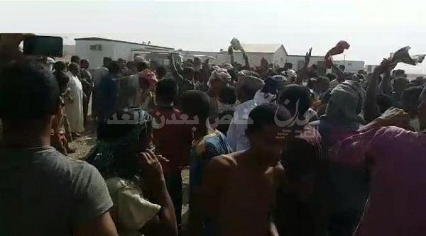 أول انتفاضة لجنود يمنيين داخل السعودية (صور + فيديو)