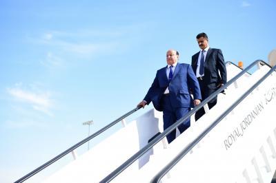 هادي يصل  لهذه الدولة بعد مشاركته في القمة العربية بالأردن