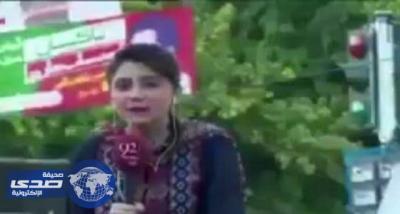 بالفيديو.. مذيعة باكستانية تتوفى على الهواء مباشرة