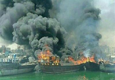 شاهد بالفيديو: 14 سفينة إيرانية وهي تحترق بما فيها اليوم في ميناء بوشهر!