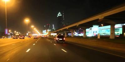 شاهد بالفيديو: لحظة انتحار رجل في دبي بإلقاء نفسه متعمداً أمام حافلة مسرعة!