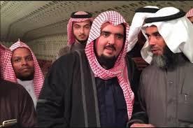 """""""مجتهد"""" يكشف: أمن """"ابن سلمان"""" يفرج عن الأمير عبد العزيز بن فهد .. توجه إلى قصره دون معرفة مصيره!"""