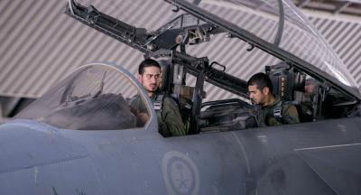 """بالفيديو.. مقاتلات """"التحالف العربي"""" تدمر ورش تصنيع """"الصواريخ الباليستية"""" بصعدة""""شاهد"""