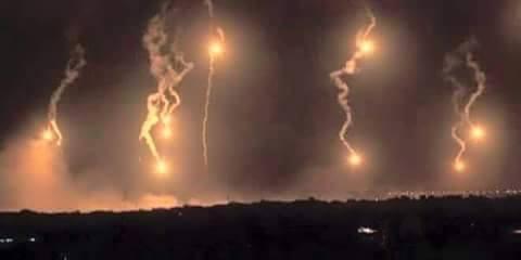 شاهد بالفيديو..لحظات قصف المقاتلات السعودية لمواقع ميليشيات الحوثي