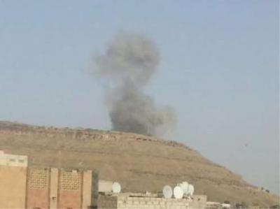 سلسلة غارات تستهدف القوات الجوية بصنعاء والمجمعين الحكومي في بيت الفقية والدريهمي