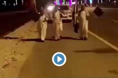 شاهد بالفيديو : سعوديون يتوجهون من حائل إلى قطر تضامنا مع الدوحة سيرا على الاقدام