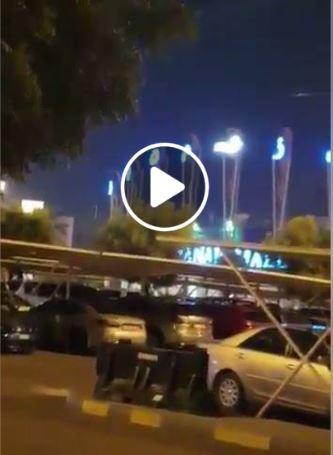 شاهد بالفيديو مشهد لسقوط جسم غريب يعتقد أنه نيزك في إمارة رأس الخيمة بالامارات